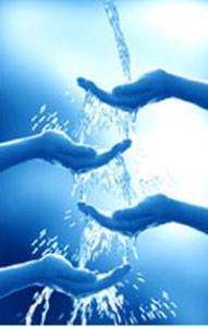 mani-acqua-191x300